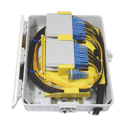 FTTH Fiber Optic Terminal Box with 4pcs of x8 splitters